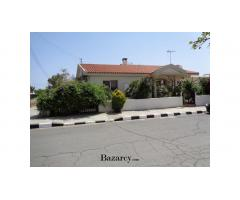 3-4 DBL BED BUNGALOW WITH TITLE DEEDS,